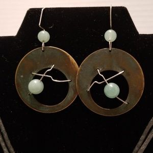 unknown Jewelry - Jade necklace and earrings